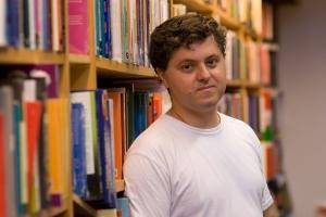 O escritor Ricardo Lísias