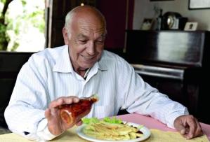 Manoel Tavares, que recebia Vinicius em seu restaurante | Foto: Ricardo Mallaco/O Tempo