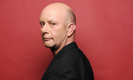 O escritor inglês Nick Hornby | Foto: Sipa Press/Rex Features