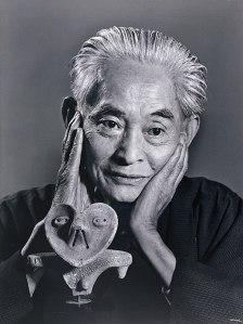O escritor Yasunari Kawabata (1899-1972)