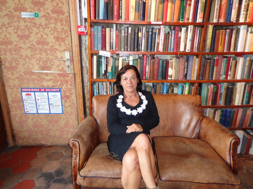 A jornalista e escritora Dolores Mendes