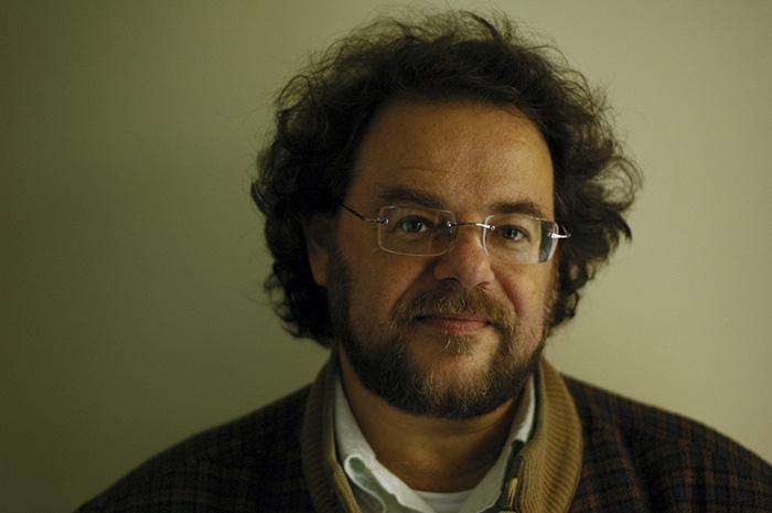O escritor Bernardo Ajzenberg