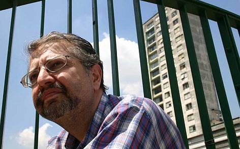 O escritor Marcelo Mirisola