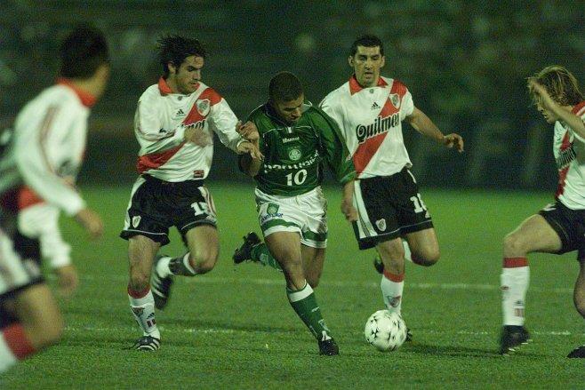 Alex na semifinal da Libertadores-99 entre Palmeiras e River Plate