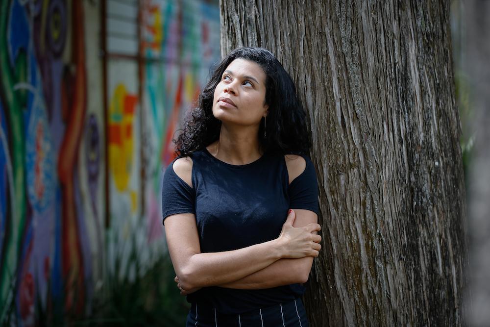 A escritora Ana Paula Maia